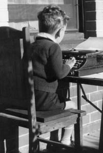 Ian Richardson typewriter